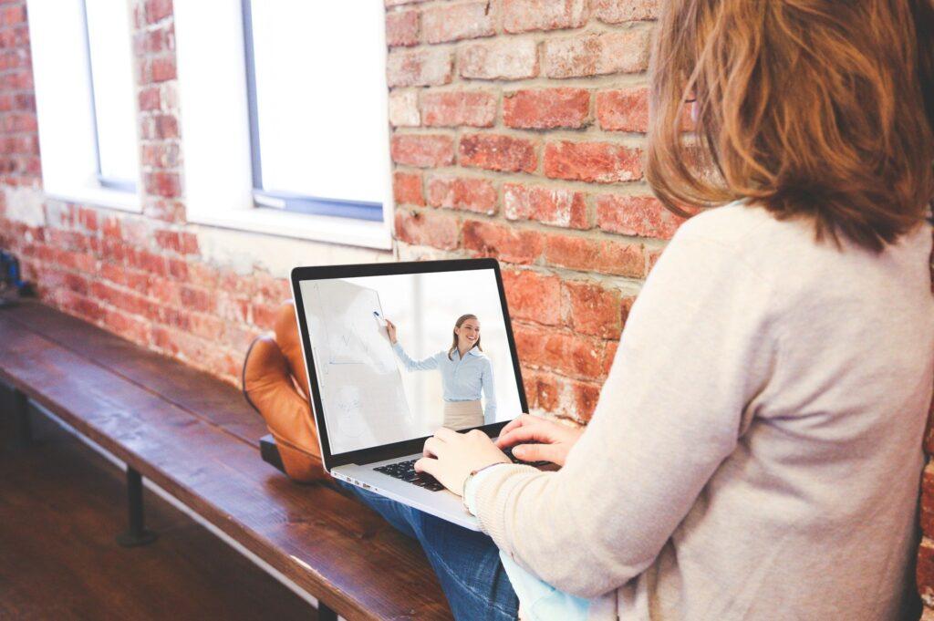 オンライン家庭教師「インターネット家庭教師Netty」の口コミ体験談講師